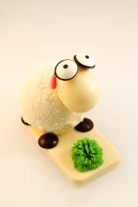 mouton pâques lallemand patisserie brest chocolat blanc